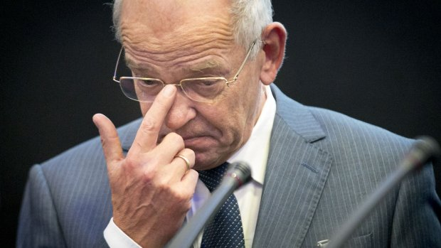 Ministers worden slecht betaald, zegt oud-minister Gerrit Zalm