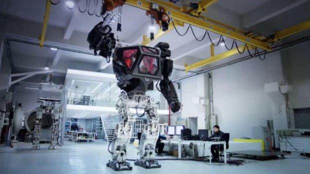 Dit Koreaanse robotpak lijkt rechtstreeks uit een film te komen