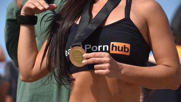 Porno kijken populair tussen 3 en 5 uur 's middags