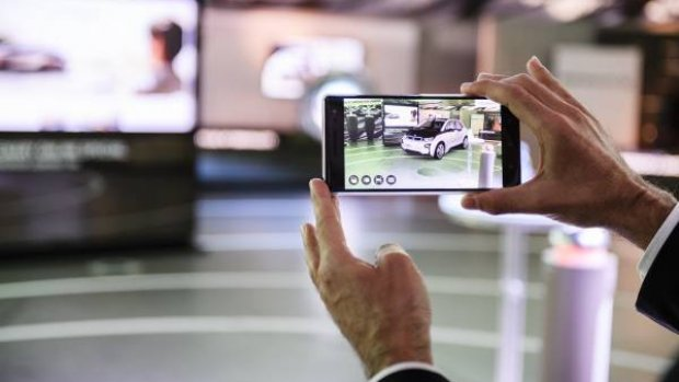 BMW gaat auto's verkopen via augmented reality