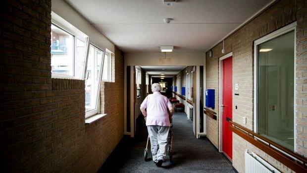 Flinke toename coronapatiënten in verpleeghuizen