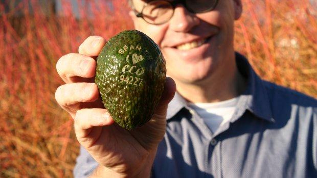 Nederlandse laser vervangt plastic logo op groenten en fruit