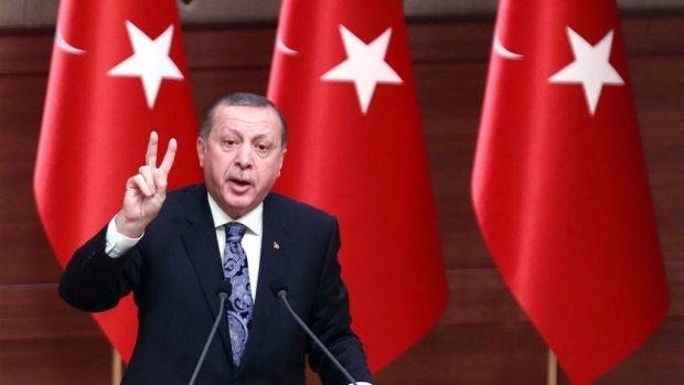 Trump verdubbelt Turkse sancties, koers lira duikt verder omlaag