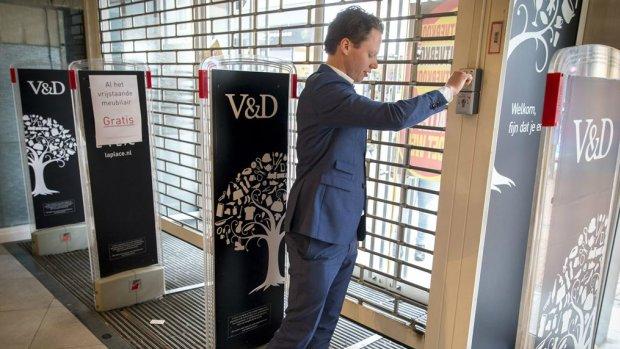 1,8 miljoen voor ontslagen winkelpersoneel Drenthe en Overijssel