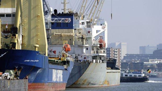 Minder goederen in havens door sluiting kolencentrales