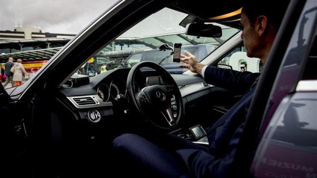 Vermoeide chauffeur rijdt 22-jarige dood: schuld van Uber?