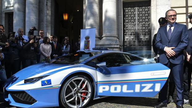 Nieuw wapen verkeerspolitie Italië