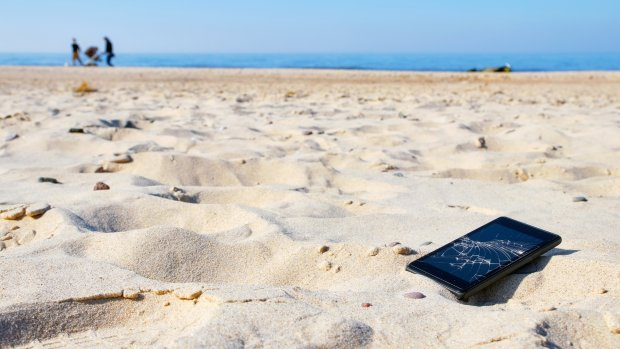 Mobieltje gesneuveld? Dit kun je claimen bij je reisverzekering