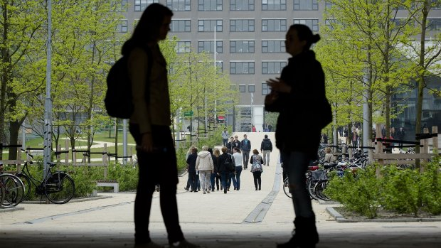 Erasmus Universiteit laat haar verwevenheid met Shell onderzoeken
