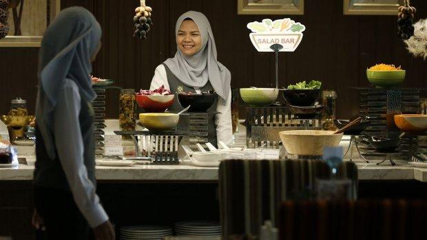 Halal rukt op: 'Ik mis alleen nog de halal tompoes'