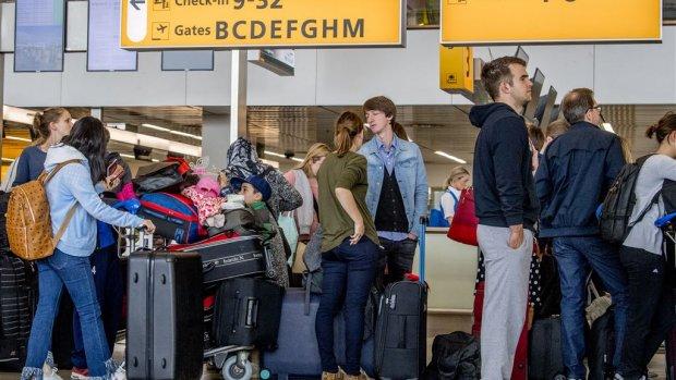 Vliegmaatschappij moet ook annulering online tickets vergoeden
