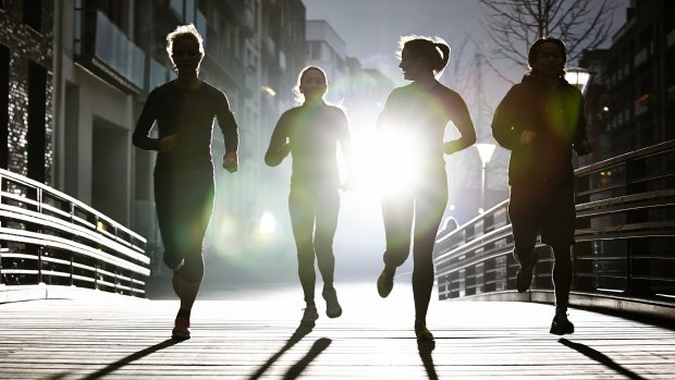 Slapen voor nieuwe sportschoenen: zo blijven werknemers fit