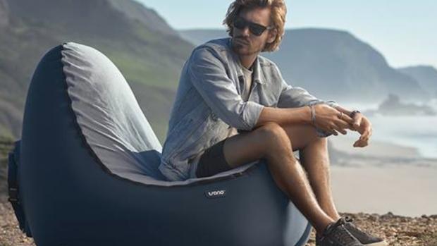 Rijk worden met zonnebrillen en strandstoelen
