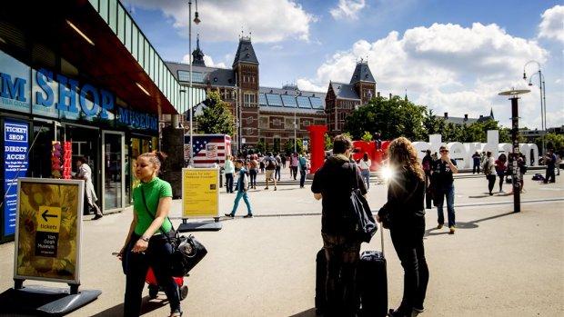 Amsterdam wil toerisme aanpakken