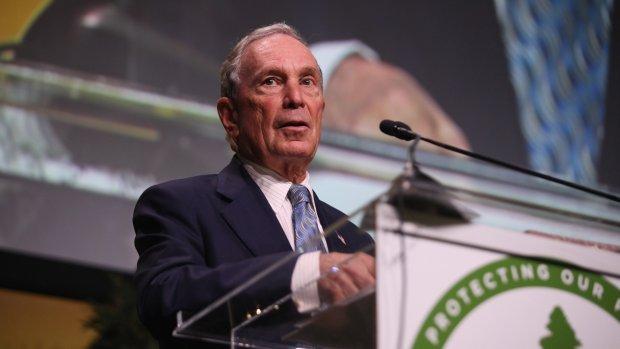 Bloomberg doet klimaatdonatie om Trump te compenseren