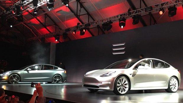 Eerste budget-Tesla rolt vrijdag uit fabriek