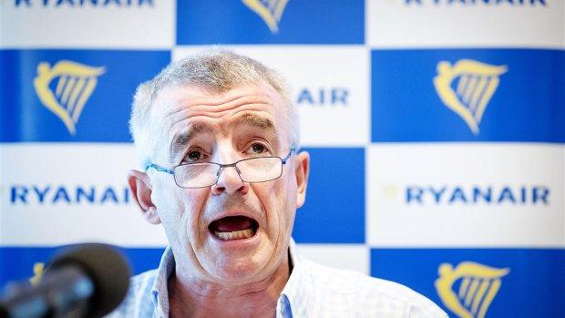 Ryanair kan niet doorgroeien in Nederland: 'KLM wordt beschermd'