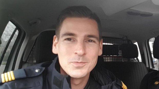Politievlogger lekt weer privégegevens van burgers in video's