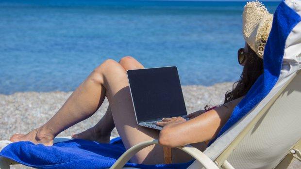 Blijven doorwerken vanaf je vakantieadres? Zo voorkom je dat