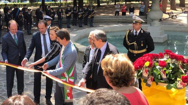 Weer fontein gerestaureerd in Rome na rellen met Feyenoordfans