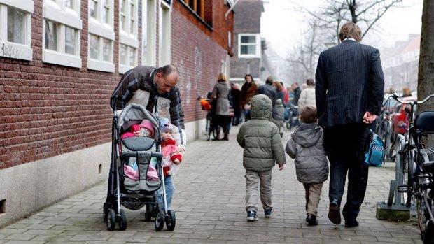 ING-vaders krijgen een maand betaald verlof