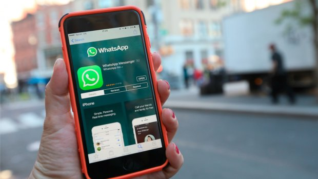 WhatsApp Business van start: appen met Booking.com en KLM