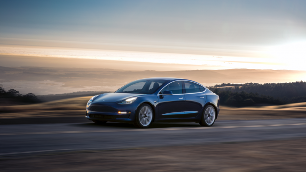 Orders voor Tesla Model 3 stromen binnen