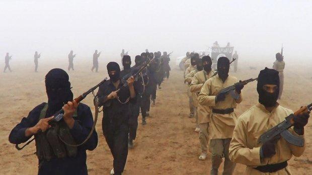 Turkije pakt 18 terreurverdachten IS op