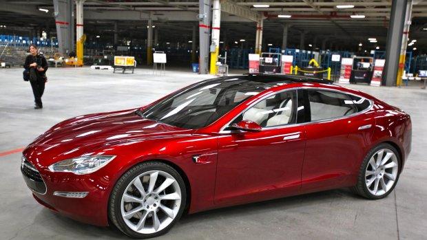 Record Tesla-rijders: 1078 km op volle accu met Model S