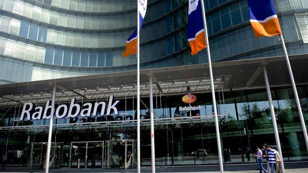 Economische groei doet winst Rabobank met de helft stijgen