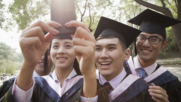 Rijke Chinezen betalen zich suf aan zomercursus voor kinderen