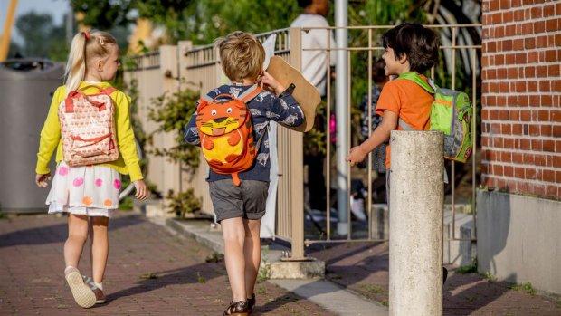 De eerste schoolweek: 'Zij vindt het geweldig, mijn moederhart is gebroken'