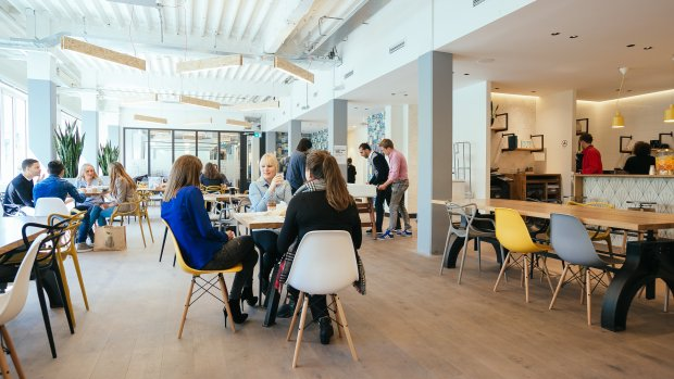 Softbank steekt 4,4 miljard in WeWork