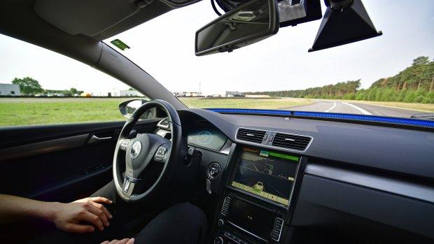 'Informeer automobilist over beperkingen zelfrijdende auto'