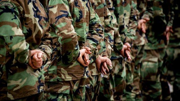 Steeds meer soldaten balen van hun baan