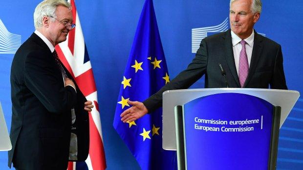 Brexitronde 3: vinnig steekspel in Brussel, geen toenadering