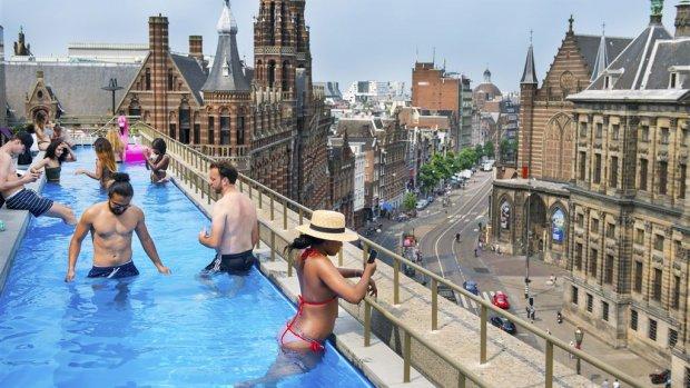 Aantal hotelovernachtingen fors gestegen, vooral in Amsterdam
