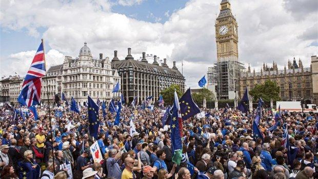 Brexit: de vier scenario's op weg naar de deadline