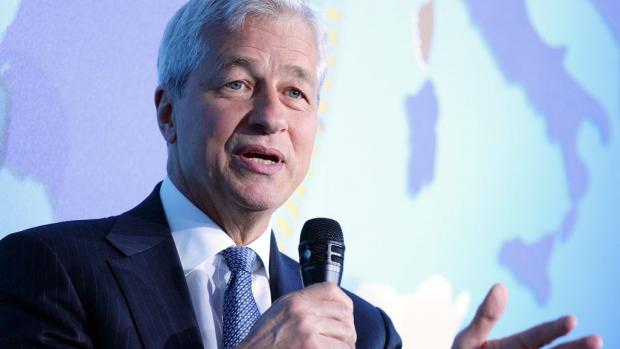Ceo JP Morgan maakt bitcoin met de grond gelijk: het is bedrog