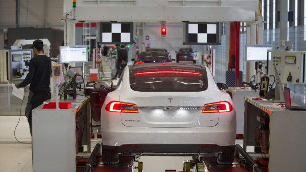 Onderzoek: Tesla mede schuldig aan dodelijk ongeluk