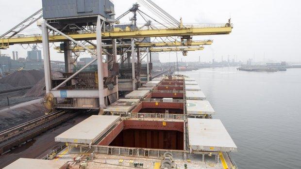 'Amper uitleg over reorganisatie Tata Steel'