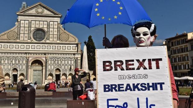 Chaos, files en veel papierwerk: dit is 2019 zonder brexitdeal