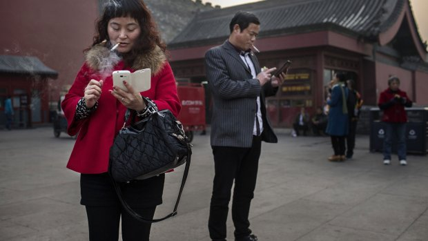 Dreun voor Facebook: China blokkeert WhatsApp grotendeels