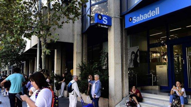 Bedrijven ontvluchten Catalonië massaal