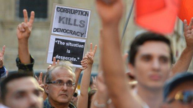 Acht arrestaties vanwege moordaanslag kritische journaliste Malta