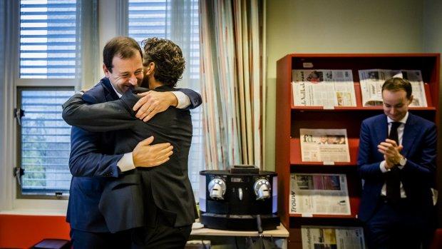 Afscheid: knuffel voor Dijsselbloem, zwarte nul voor Schäuble
