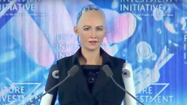 Robot Sophia krijgt staatsburgerschap in Saoedi-Arabië
