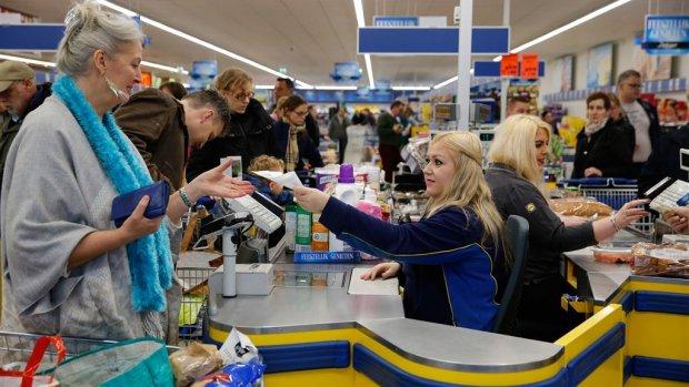 Europa betaalt cash, maar Nederlanders pinnen liever