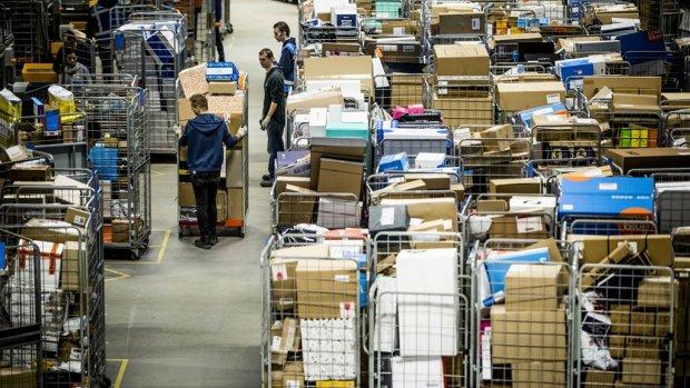 Pakketsorteerders eisen 5 miljoen van PostNL voor ontwijken cao