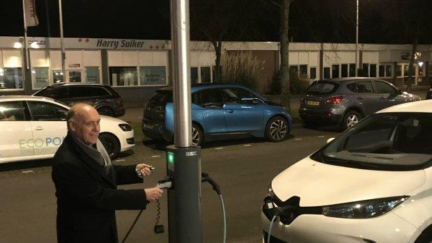Allemaal Aan De Elektrische Auto In 2024 Rtlz